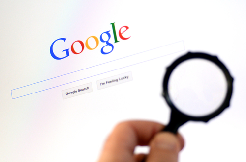 Magnifying glass with Goole search